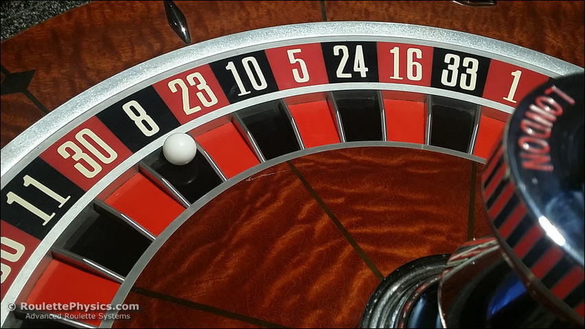 Roulette wheel wins on 8