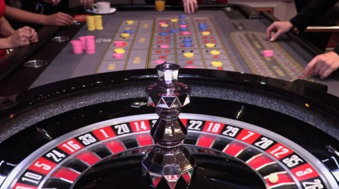 What Are The Odds of Red or Black Spinning In a Row?