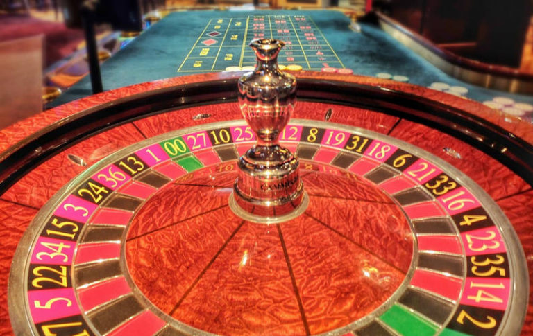 The Different Roulette Variants and Comparison Of Odds