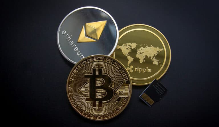 Is It Safe To Play at Online Casinos With Cryptocurrencies?