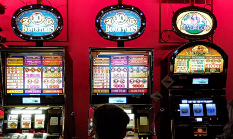 5 High-Risk Slots That Have Big Payout Potential